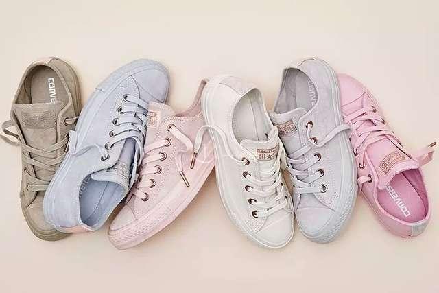彩色匡威夏季帆布鞋